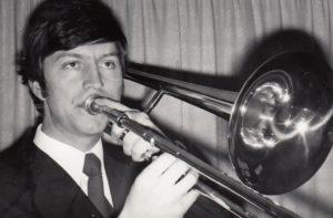 Като млад инструменталист