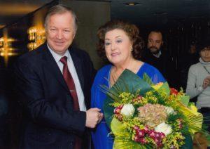 С Ана Томова-Синтова